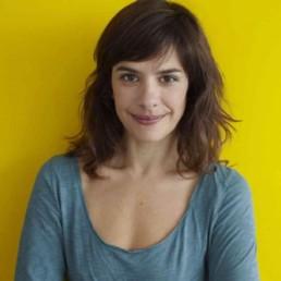 Valérie FERNANDEZ – Metteuse en scène, comédienne et danseuse.